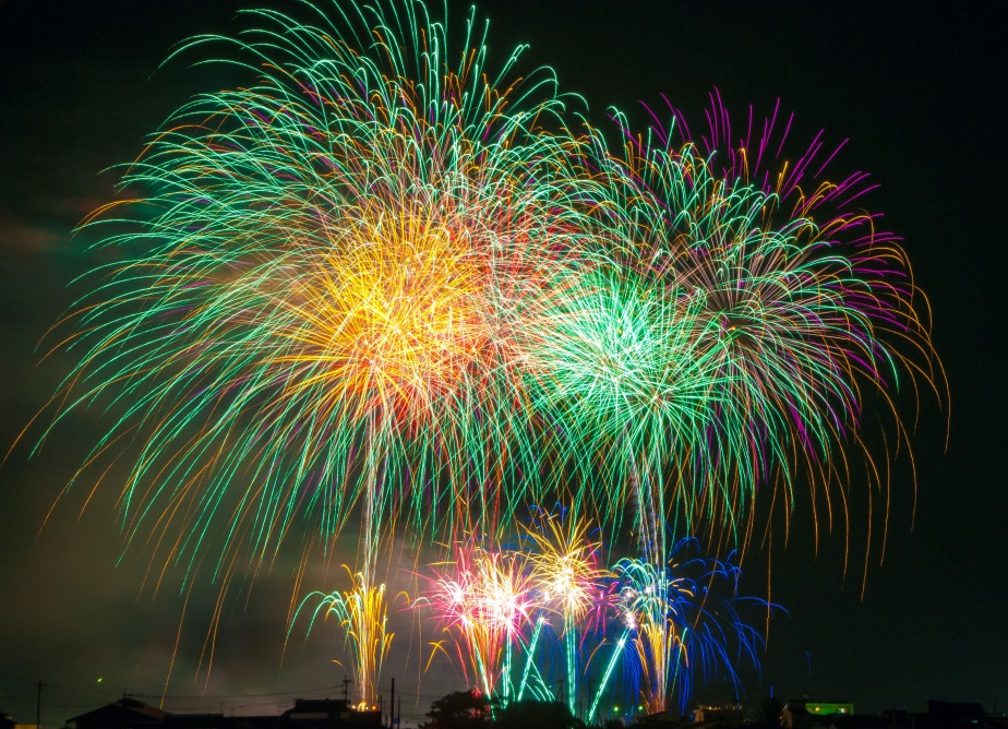 fireworks-light-japan-festival-66277.jpeg